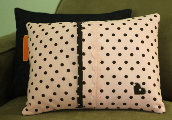 Here's the back of Piper's Pillow