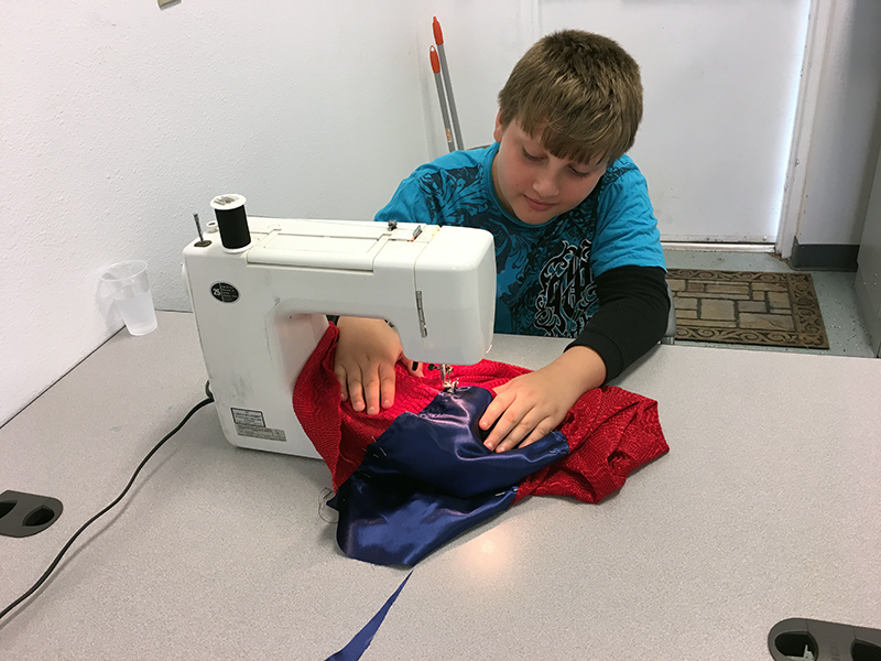 Jed sewing